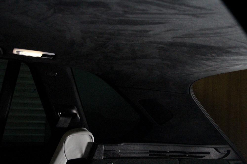 перетяжка потолка BMW X5M альконтарой