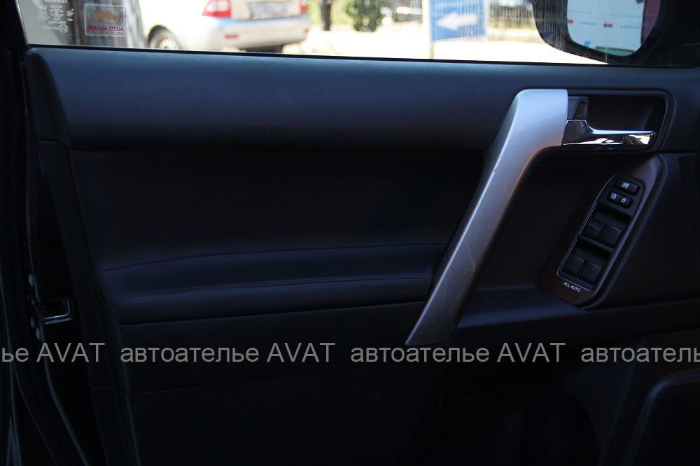 перетяжка дверей Toyota LC Prado кожей nappa