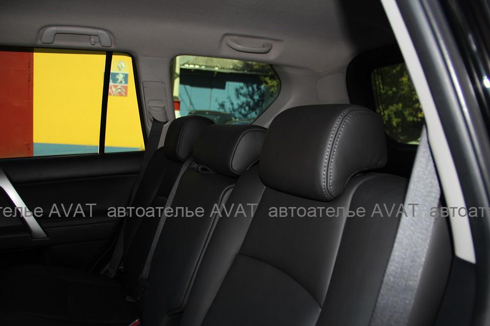 Перетяжка сидений Toyota LC Prado кожей nappa
