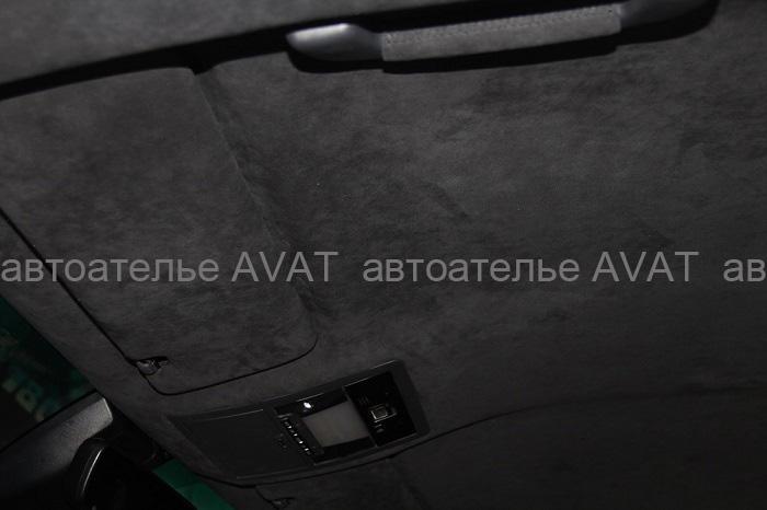 Перетяжка потолка Lexus LX алькантарой