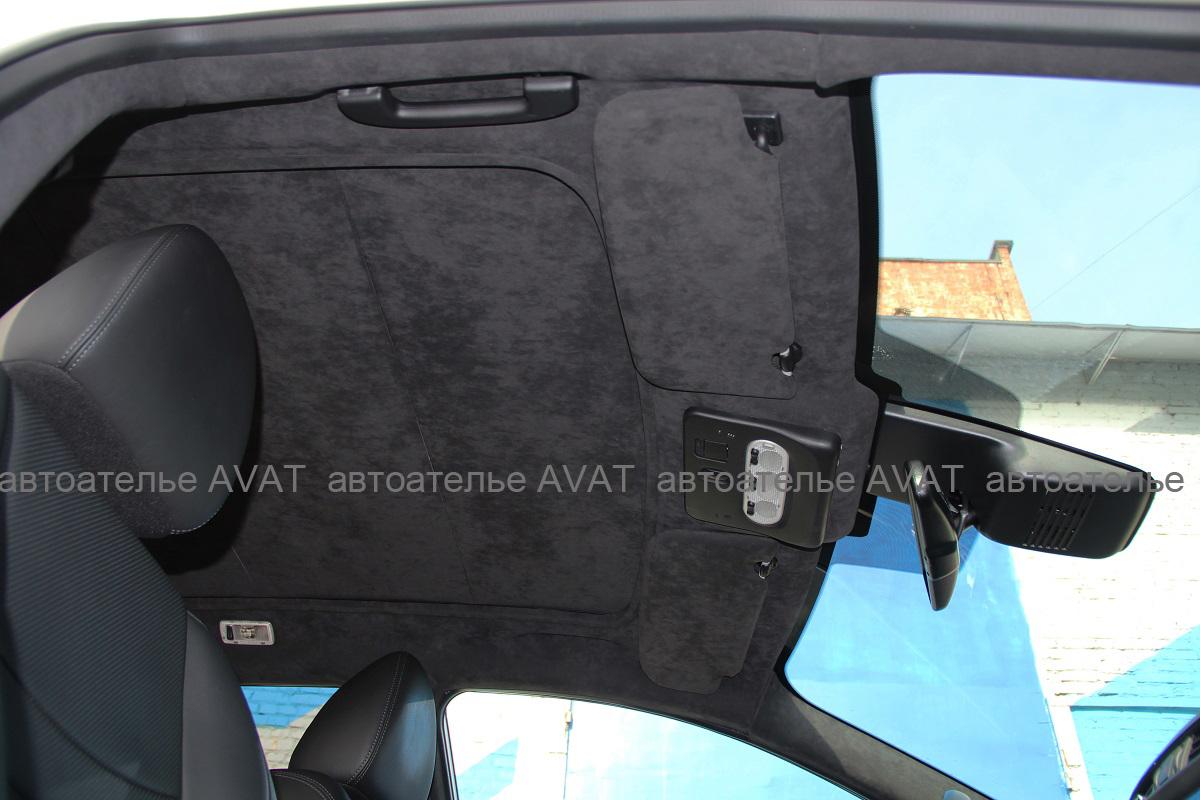 Nissan-Qashqai-перетяжка-алькантарой-потолка-с-панорамой