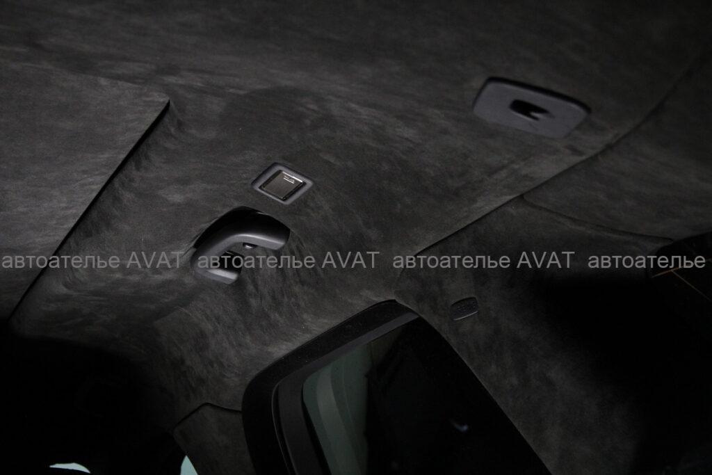 перетяжка потолка и стоек в оригинальную алькантару на Range Rover